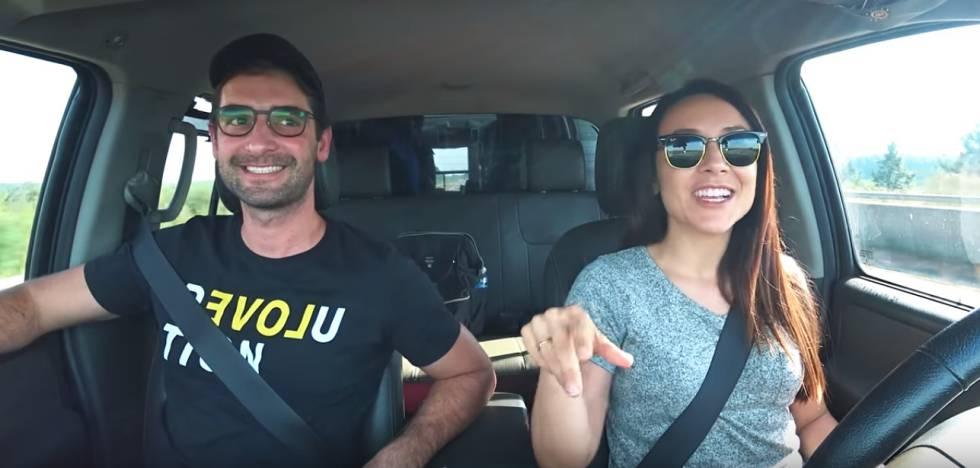 Rómulo y Mirella en el video de la denuncia.