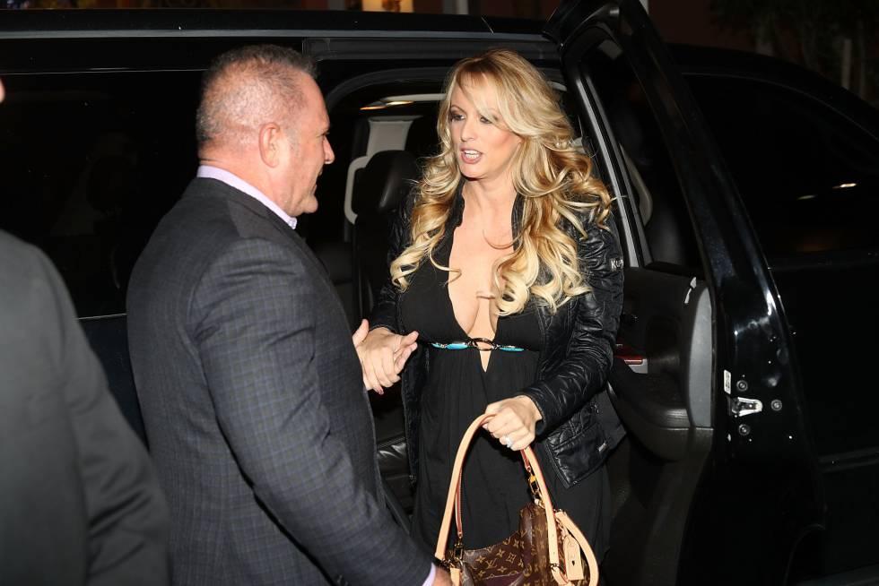 Stormy Daniels, a su llegada a un club de striptease de Florida donde actuó el pasado día 10.