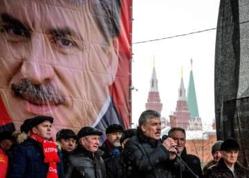 El candidato de los comunistas rusos seduce en campaña