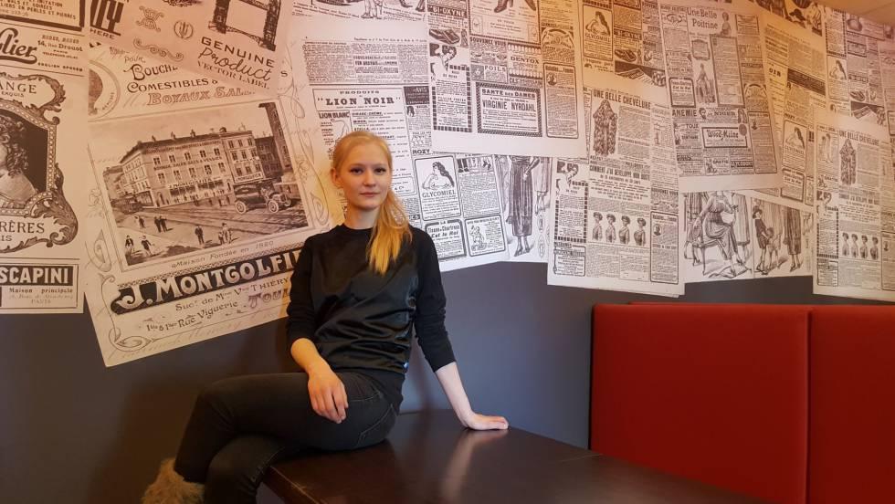 Xenia Petrunina, periodista de 23 años, en una cafetería de Nizhni Novgorod el viernes.