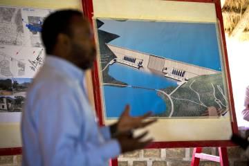 Presentación del proyecto del Gran Embalse del Renacimiento de Etiopía, en junio de 2013.