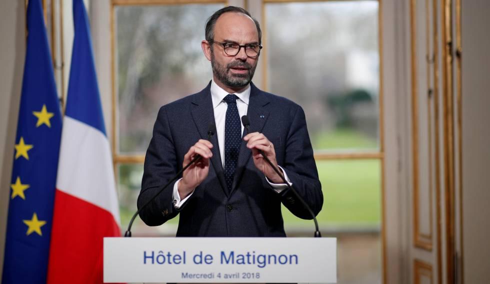 El primer ministro francés, Edouard Philippe, durante una rueda de prensa, este miércoles en París.