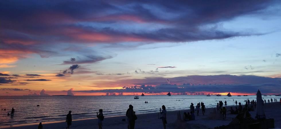 Atardecer en la isla de Boracay, Filipinas.