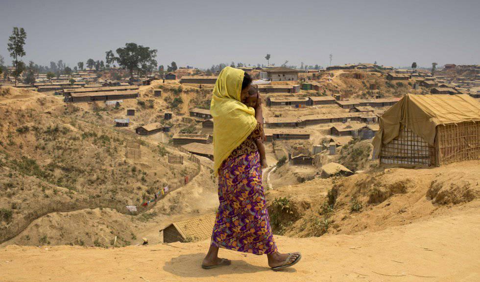 Una rohingyá en el campo de Kutupalong (Bangladés).