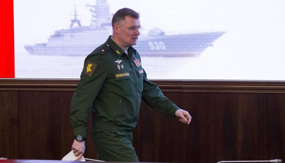 El representante oficial del ministerio de Defensa, el general-mayor Igor Konashénkov, este viernes en Moscú.