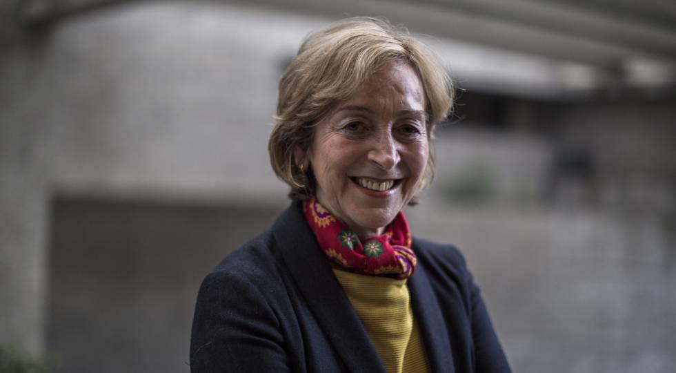 Soledad Loaeza, tras la entrevista en el Colegio de México.