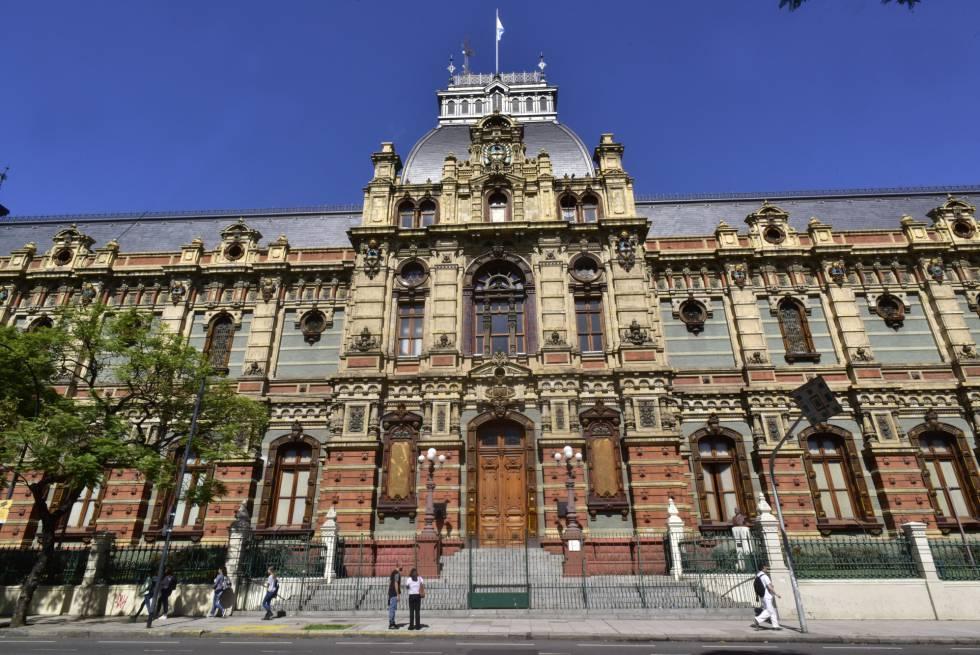 El Palacio de las Aguas Corrientes, joya de una Argentina pensada a lo  grande | Internacional | EL PAÍS