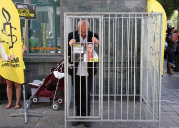 Turquía encarcela a la directora regional de Amnistía Internacional