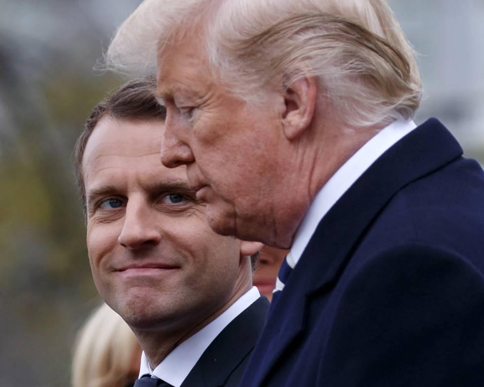 El presidente de Francia, Emmanuel Macron, mira a Trump.