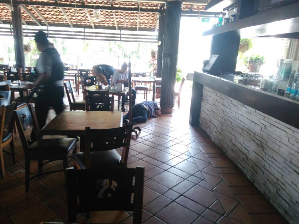 Oscar Arenas, en el restaurante donde lo mataron este viernes.
