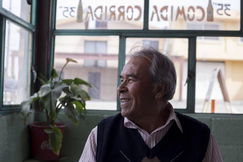 Gilberto Nabor, en su cocina, en San José Chiapa.