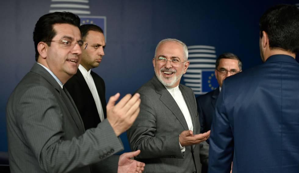 El ministro de Exteriores iraní, Mohammad Javad Zari, en Bruselas el martes.