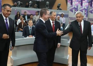 Debate Presidencial  C B Rating Publico En Vivo Y Candidatos Menos Acartonados La Gran Apuesta Del