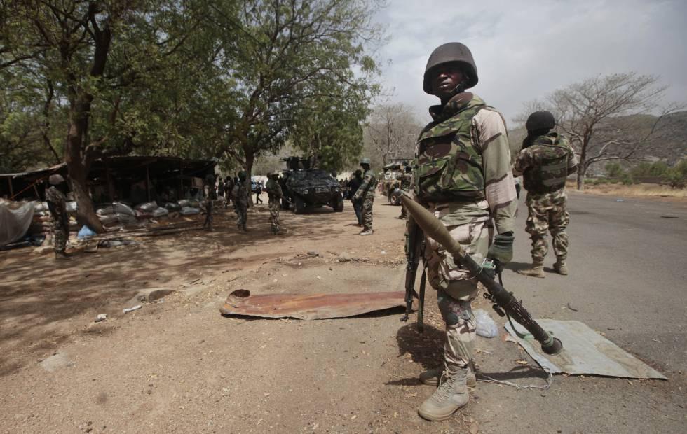 Amnistía denuncia que soldados nigerianos violaron a mujeres a ...