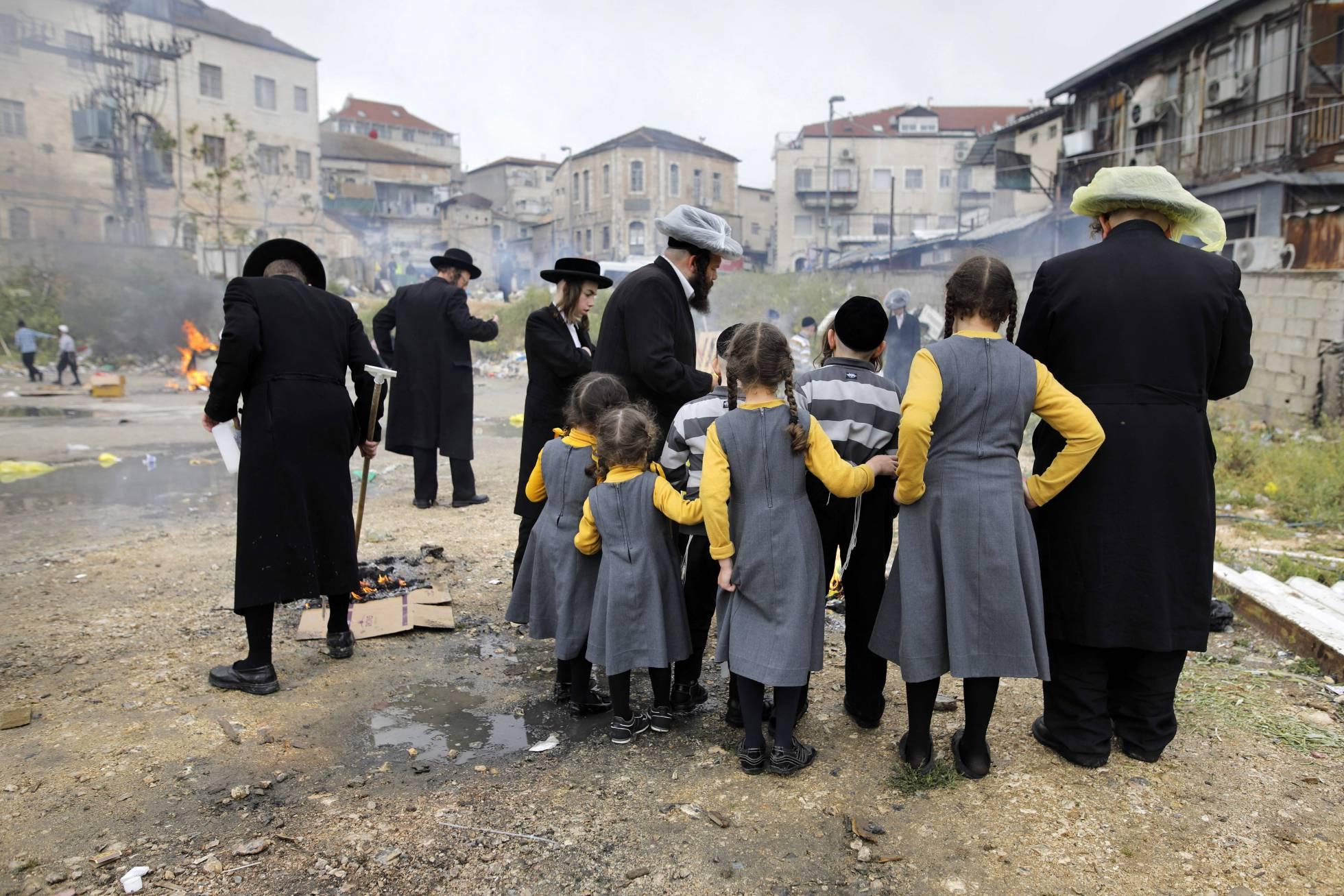 El Estado sionista de Israel redujo de forma racista la natalidad de inmigrantes . 1527872374_894106_1527874530_noticia_normal_recorte1