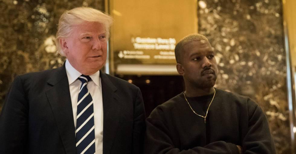 El presidente de Estados Unidos Donald Trump con el rapero Kanye West en la Torre Trump de Nueva York en diciembre de 2016.