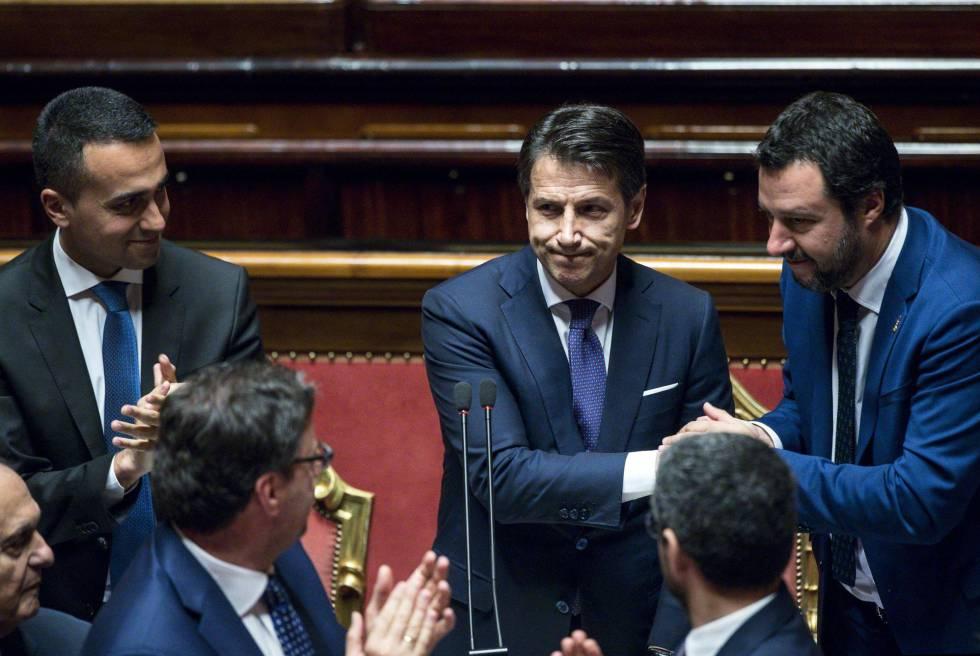 El primer ministro de Italia, Giuseppe Conte, tras su discurso en el Senado.