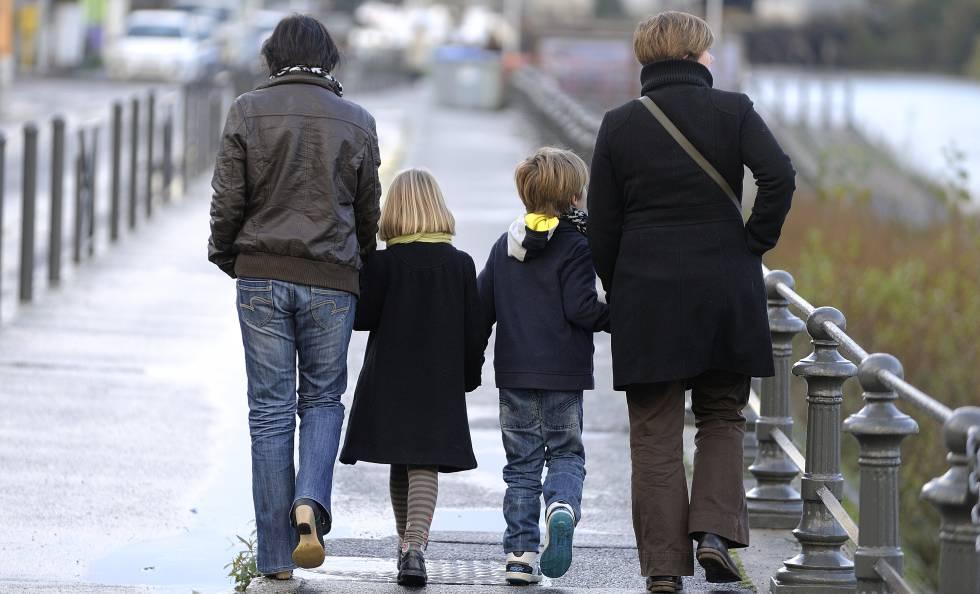 Adopcion igualitaria homosexual discrimination