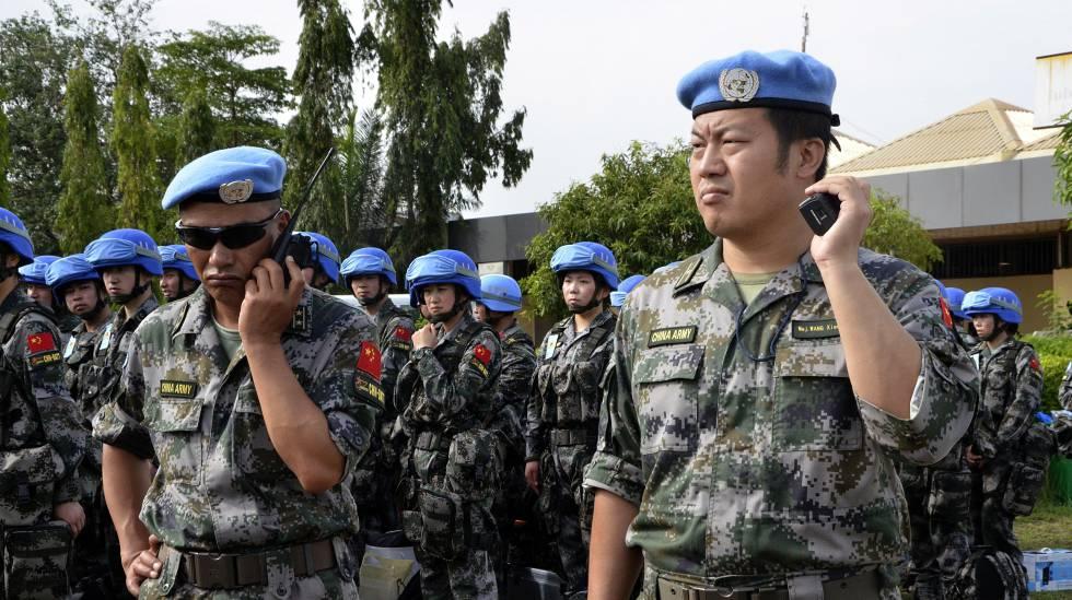 'Cascos azules' chinos en Yuba, capital de Sudán del Sur, en 2015.
