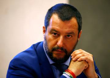 Salvini viaja a Libia para negociar un acuerdo que frene la inmigración