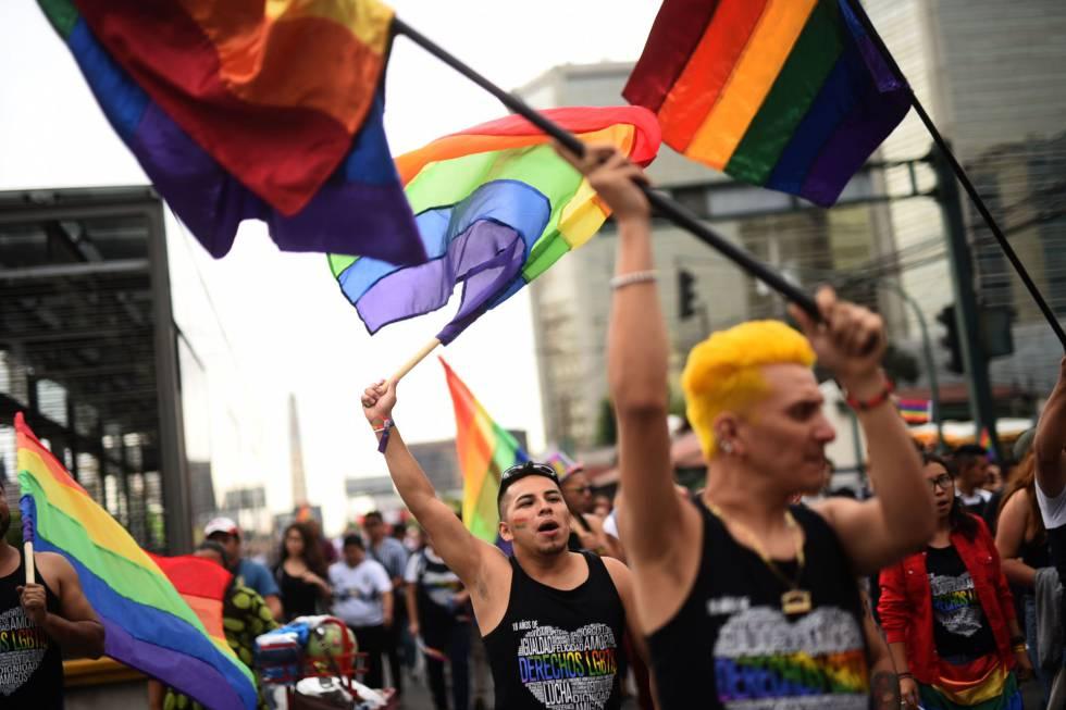 buscar pareja gay gratis latina