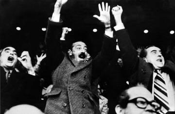 El dictador Jorge Rafael Videla celebra un gol de Argentina ante la selección de Alemania, en el Mundial 78