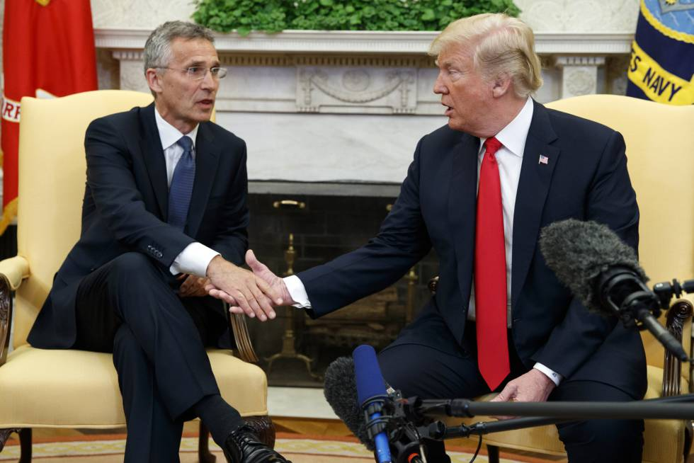 Donald Trump, en el Despacho Oval el pasado mayor junto al secretario general de la OTAN, Jens Stoltenberg.