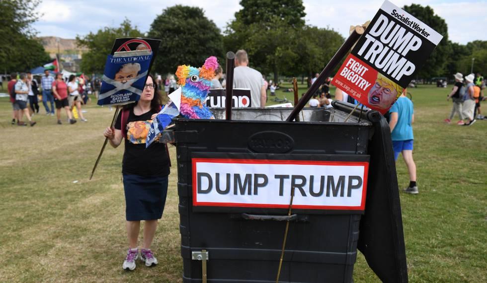 Protestas contra Trump durante su visita en Escocia el 14 de julio de 2018.