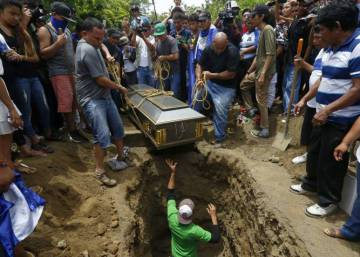Aumenta la presión internacional contra Ortega por la represión