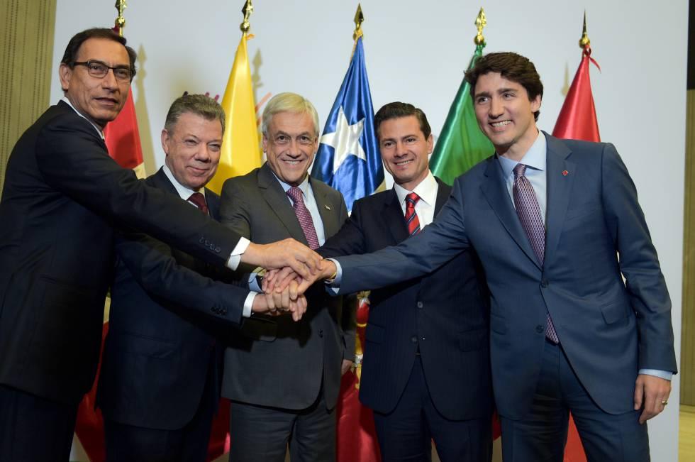 Vizcarra, Santos, Piñera, Peña Nieto y Trudeau, en abril pasado.