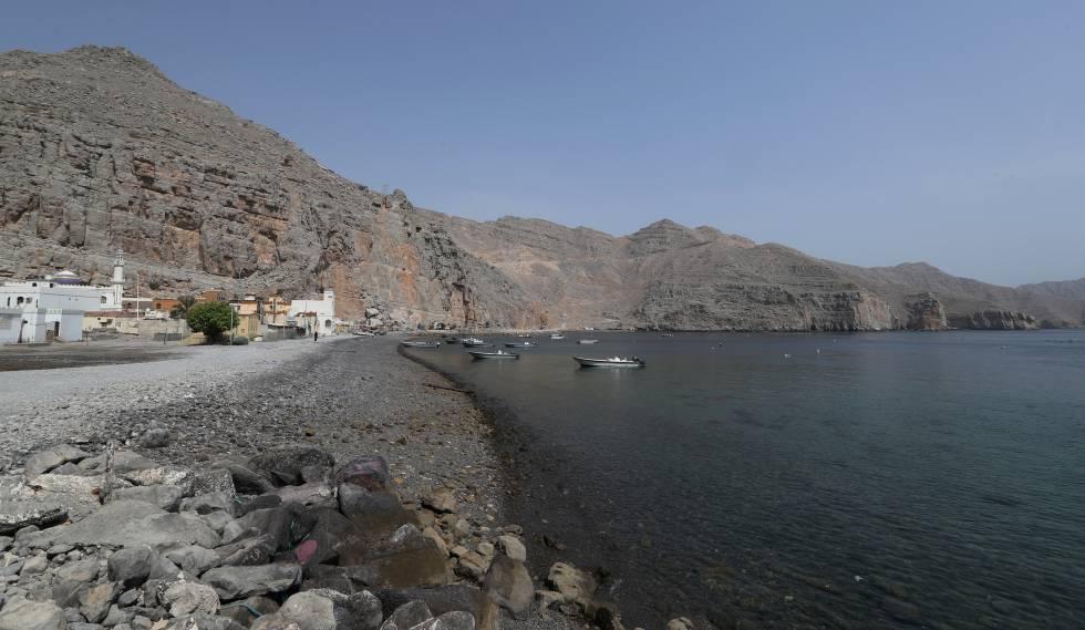 Vista del estrecho de Ormuz desde la provincia de Musandam (Omán) el pasado viernes.