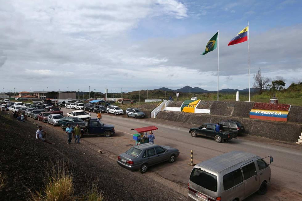 El paso fronterizo entre Brasil y Venezuela en la ciudad de Pacaraima.