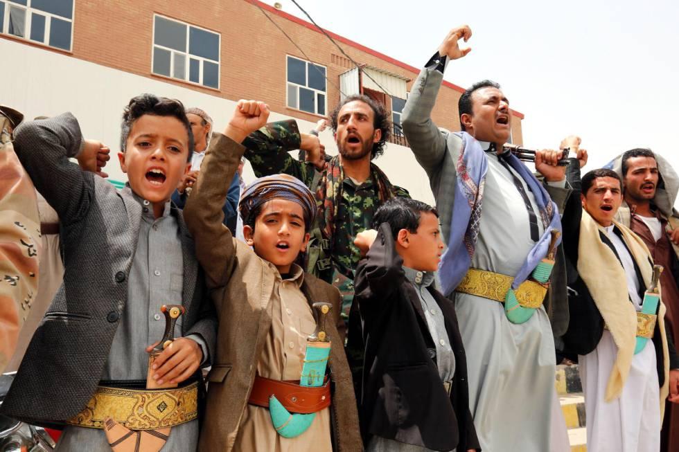 Manifestación contra el ataque aéreo en Sadaa (Yemen).