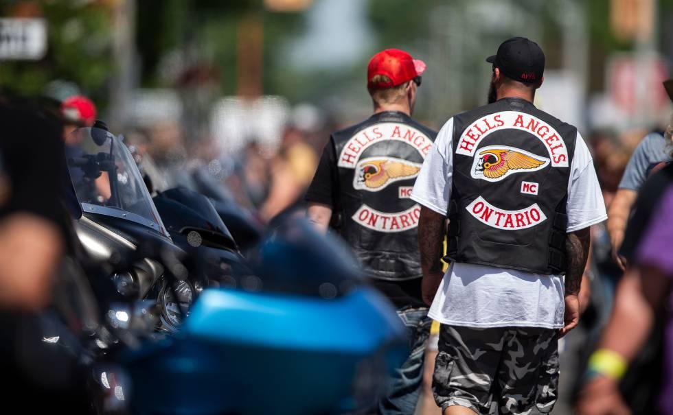 Los 'Ángeles del Infierno' de Canadá exhiben su poderío en un evento