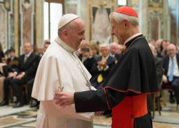 El Vaticano llama criminales a los curas abusadores de Pensilvania y pide que asuman responsabilidades