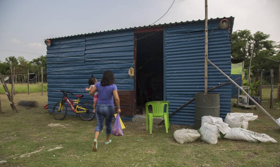 La casa de uno de los trabajadores transitorios en Ciudad Pemex.