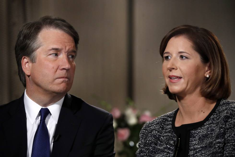 Brett Kavanaugh y su esposa Ashley Estes Kavanaugh en una entrevista a Fox News