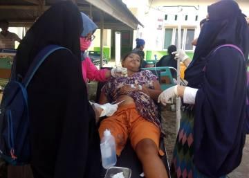 Fuertes terremotos y un tsunami azotan Indonesia