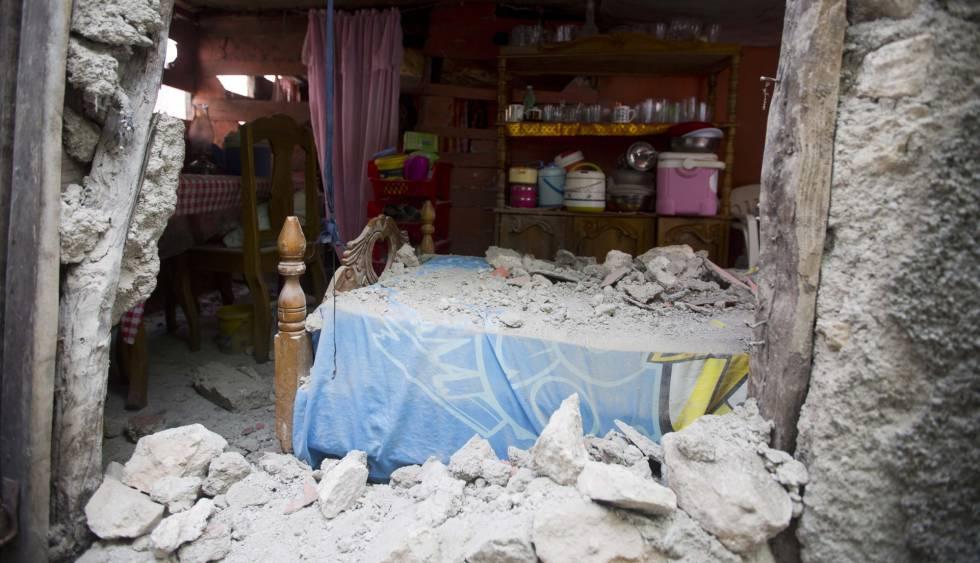 Resultado de imagen para Sismo vuelve a sacudir Haití; presidente Jovenel Moïse realiza visita a las afectadas