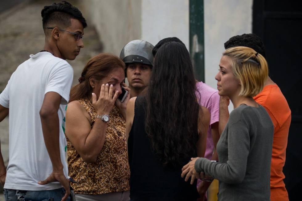 Governo de Maduro deporta líder estudantil opositor para a Espanha