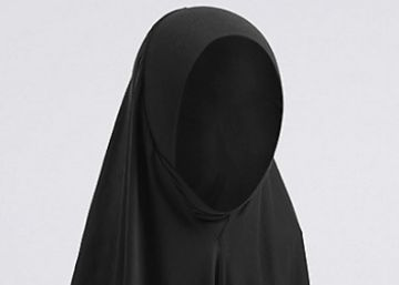 Marks & Spencer vende 'hijabs' como uniforme escolar