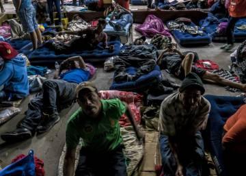 La caravana de migrantes entra en territorio mexicano