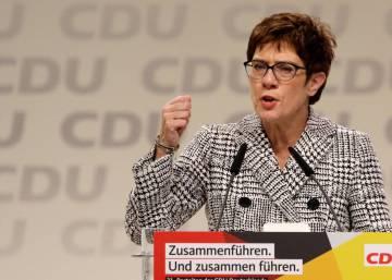 La Cdu Opta Por La Continuidad Del Legado De Merkel Con La Eleccion De Kramp