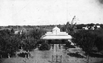 Edificio de la administración de la reducción de Napalpí en el año 1936.