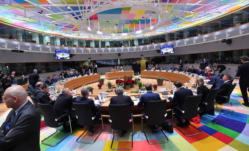 Los líderes comunitarios, durante la cumbre sobre el Brexit, este jueves en Bruselas.