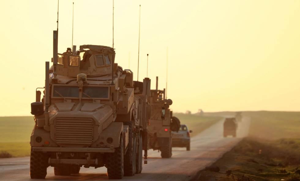 Convoy de tropas de EE UU, el viernes en el noreste de Siria.