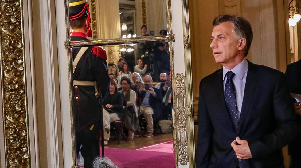 O presidente Mauricio Macri no Salão Branco da Casa Rosada, antes de uma coletiva de imprensa, em 3 de dezembro.