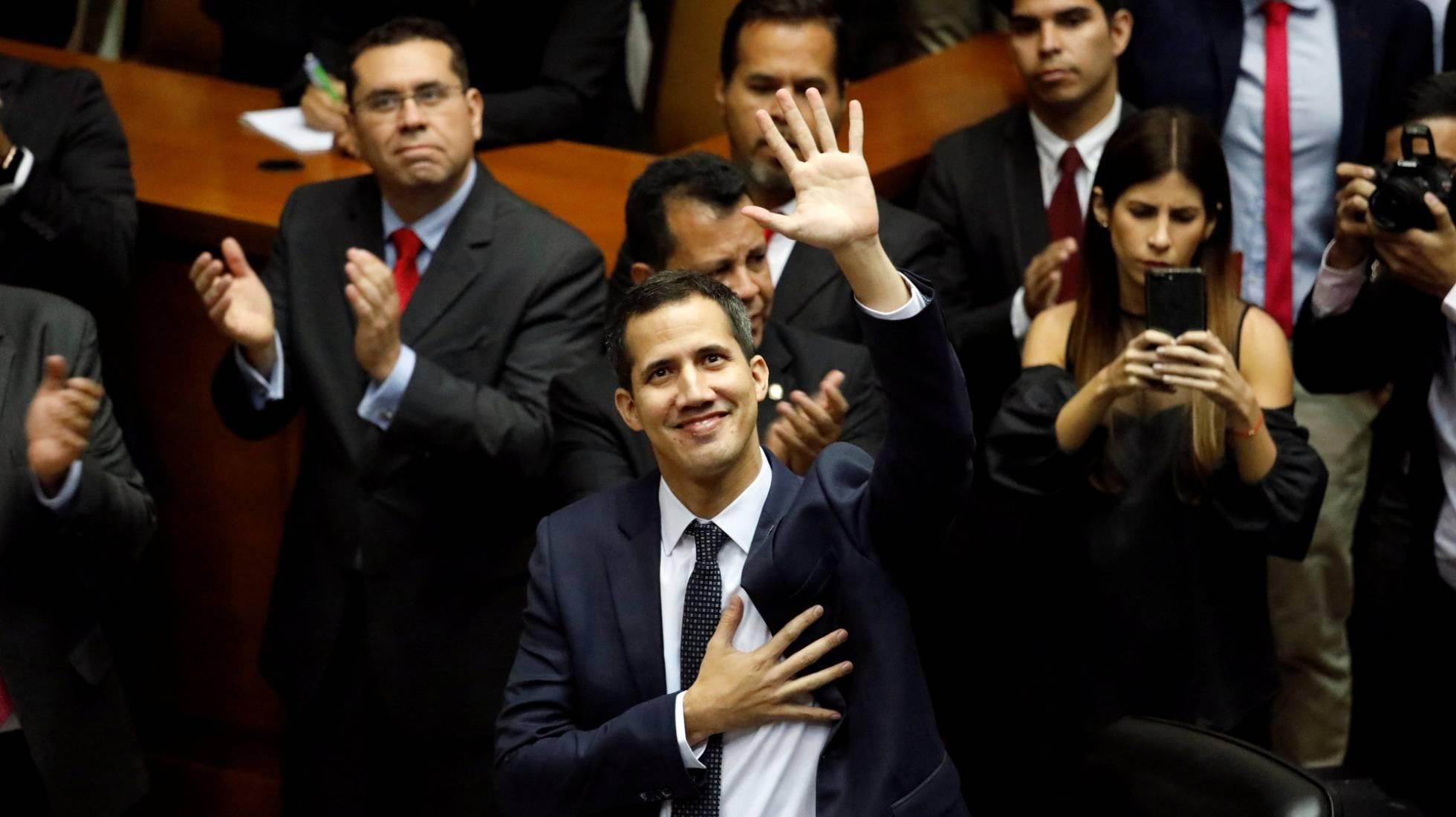 La oposición venezolana apela al Ejército para frenar a Maduro