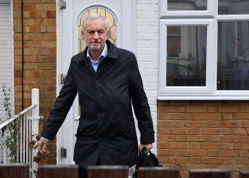 Corbyn abandona su residencia en Londres este lunes. rn