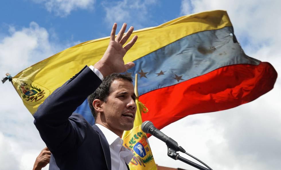 Guaidó fala a seus partidários nesta quarta-feira em Caracas.